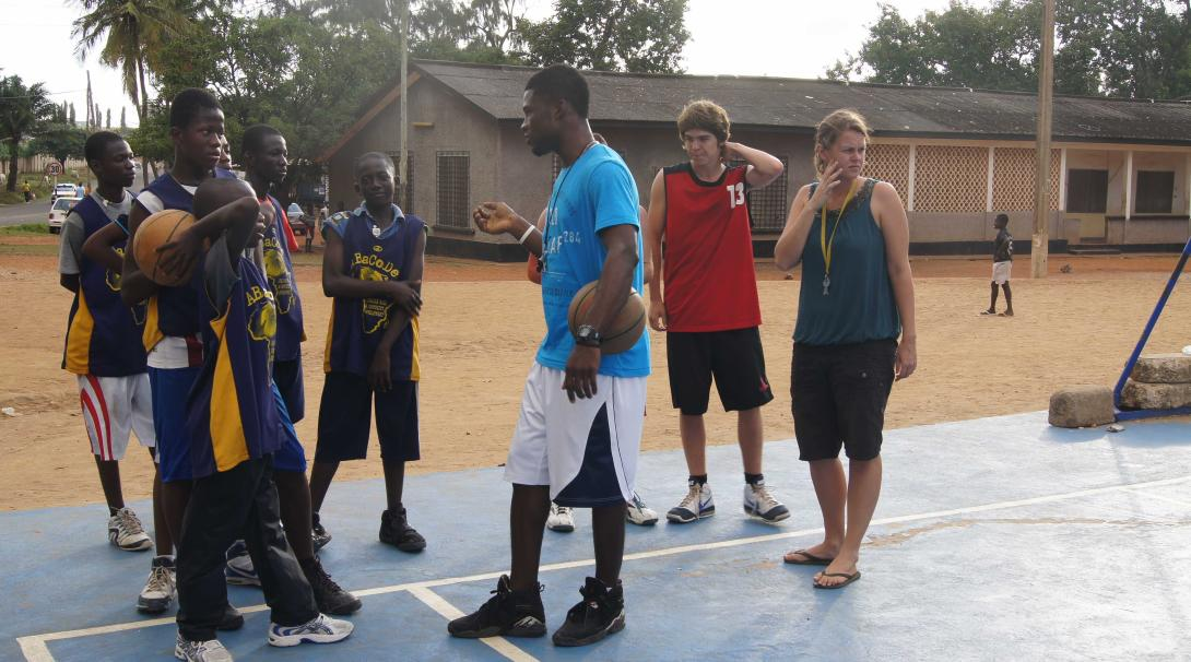 Projects Abroad volunteers help coaching kids in a basketball club during their internship in Ghana.